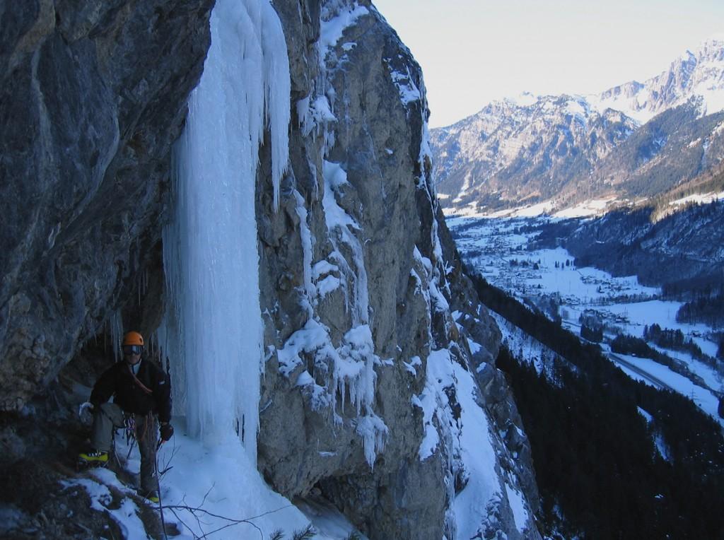 Fallbach Klettersteig Vorarlberg : Fallbach nordwand eisklettern vorarlberg mixedklettern topo